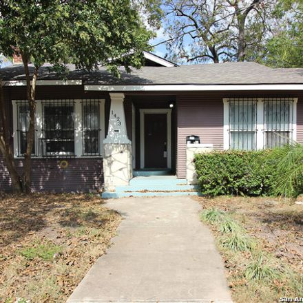 Rent this 3 bed house on 1423 Montana Street in San Antonio, TX 78203