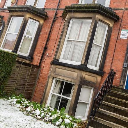 Rent this 7 bed house on New Headingley Club in 56 St. Michael's Road, Leeds LS6 3BG