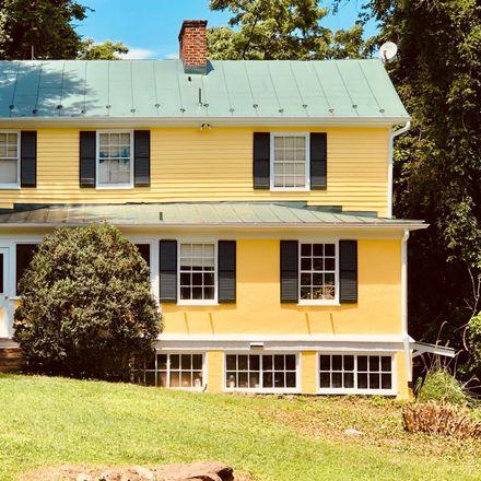 Rent this 2 bed house on Spring Lane in Warrenton, VA 20186