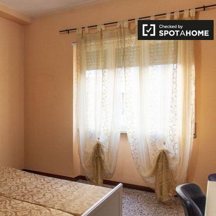 Rent this 5 bed room on Sedia del Diavolo (Monumento a Elio Callistio) in Piazza Elio Callistio, 00199 Rome RM