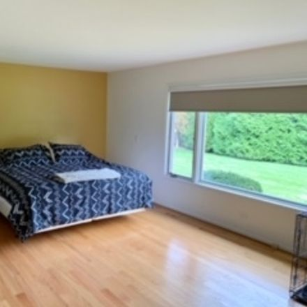 Rent this 5 bed house on 205 Enid Lane in Northfield, IL 60093