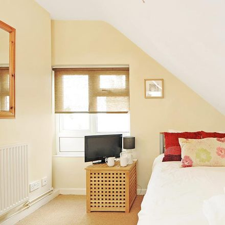 Rent this 1 bed apartment on 30 Leopold Street in Oxford OX4 1TZ, United Kingdom