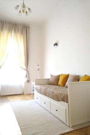 Rent this 1 bed apartment on Zöldség-gyümölcs in Budapest, Népszínház utca