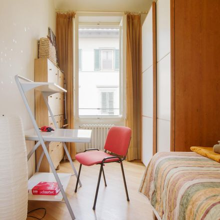 Rent this 2 bed room on Via Brunetto Latini in 34, 50133 Florence Florence