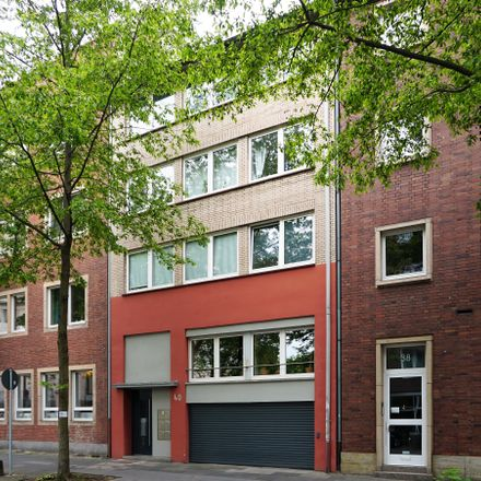 Rent this 3 bed apartment on Moselstraße 40 in 47051 Duisburg, Germany