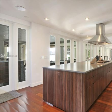 Rent this 6 bed house on 14 W San Marino Dr in Miami Beach, FL