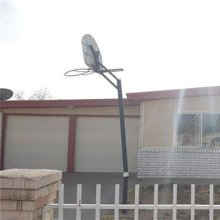 Rent this 3 bed apartment on 9324 Yorktown Way in El Paso, TX 79907