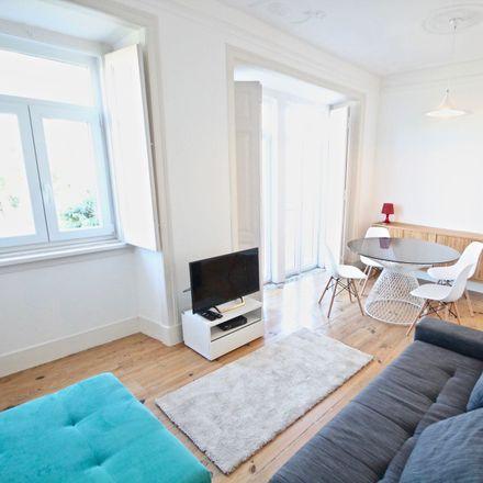 Rent this 2 bed apartment on R. De Dona Estefânia in Lisboa, Portugal