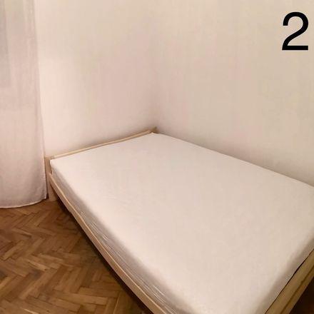 Rent this 3 bed room on Zwierzyniecka 8 in 31-102 Krakow, Poland