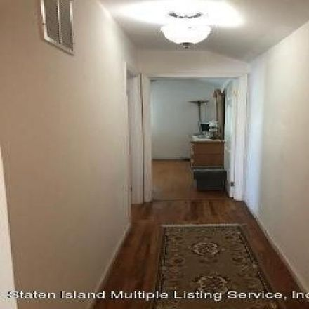 Rent this 3 bed condo on 509 Gansevoort Boulevard in New York, NY 10314