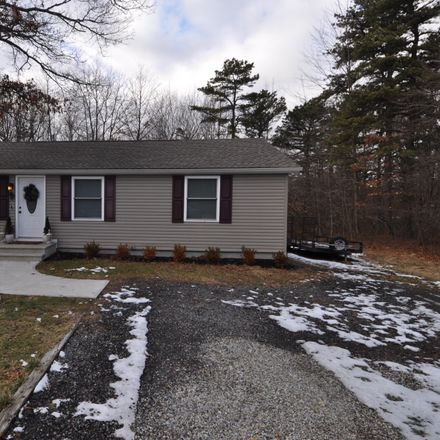 Rent this 3 bed house on Cold Spring Dr in Jim Thorpe, PA