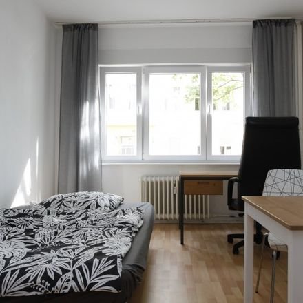 Rent this 2 bed apartment on Erasmusstraße 3 in 10553 Berlin, Germany
