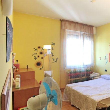 Rent this 3 bed room on Via Punta Licosa in 13, 20151 Milan Milan