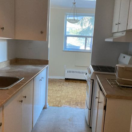 Rent this 1 bed apartment on 22 Elkhorn Drive in Toronto, ON M2K 1J4