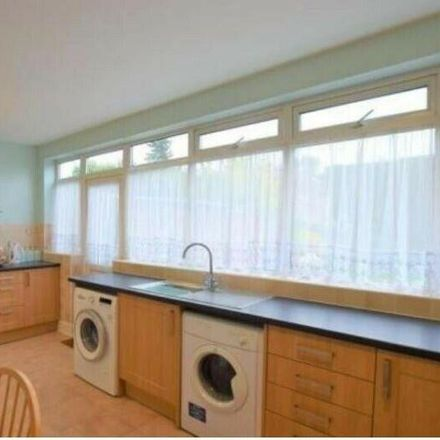Rent this 3 bed house on Gordon Road in London RM6 6DB, United Kingdom