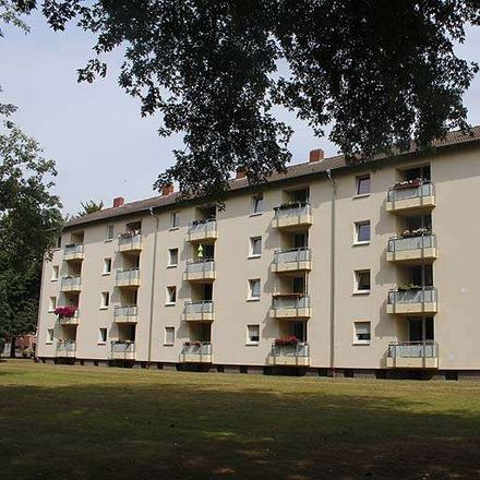 Rent this 3 bed apartment on Surkampstraße 16 in 45891 Gelsenkirchen, Germany