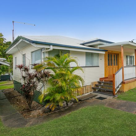 Rent this 3 bed house on 141 Whitehill Road
