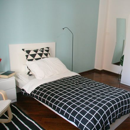 Rent this 9 bed room on Via Beaulard in 58, 10139 Turin TO
