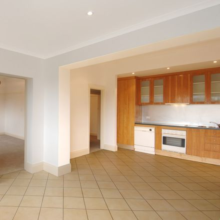 Rent this 2 bed apartment on 2/152 Old South Head Road