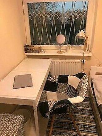Rent this 3 bed room on Poznańska 14 in 62-028 Koziegłowy, Polska