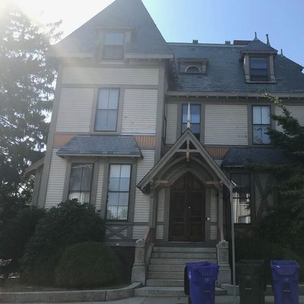 Rent this 2 bed apartment on 252 High Street in Fall River, MA 02722