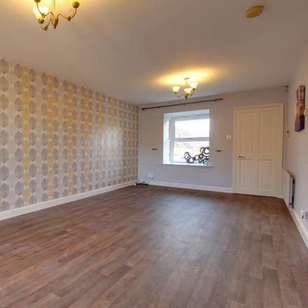 Rent this 3 bed house on Harlequin Drive in Hull HU7 3HB, United Kingdom