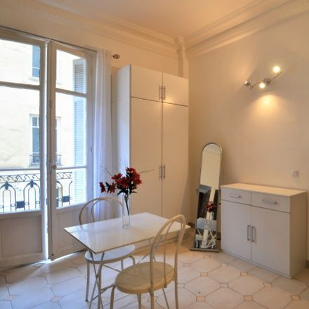 Rent this 1 bed apartment on 10 Avenue Shakespeare in 06046 Nice, France