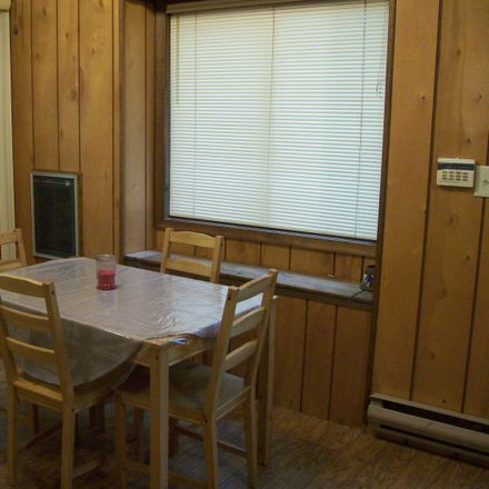 Rent this 3 bed house on Apley Ct in Bushkill, PA