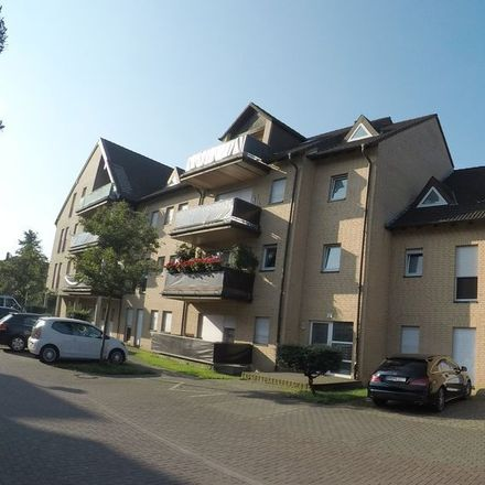 Rent this 4 bed apartment on Priamosstraße 34 in 50127 Bergheim, Germany