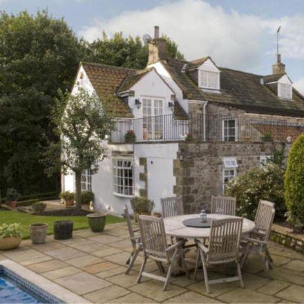 Rent this 5 bed house on Thwaites Lane in Harrogate HG3 3PQ, United Kingdom