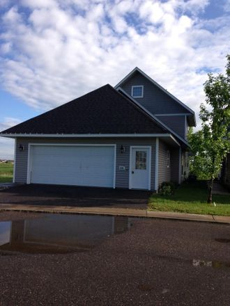 Rent this 3 bed townhouse on 69th Ln NE in Otsego, MN 55301