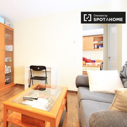 Rent this 2 bed apartment on La bodega in Calle San Filiberto, 28001 Madrid
