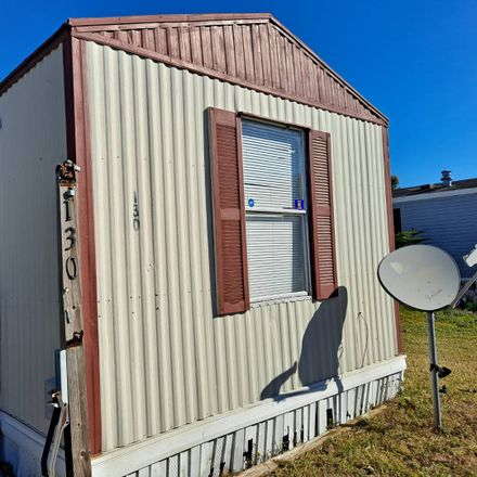 Rent this 1 bed house on US Hwy 1 in Fort Pierce, FL
