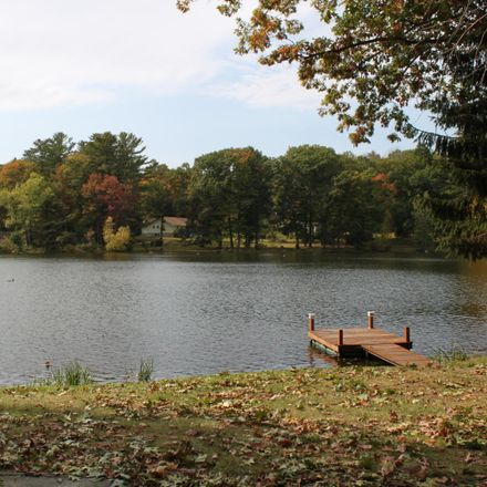 Rent this 5 bed house on 9 Lakefront Dr in Hawley, PA