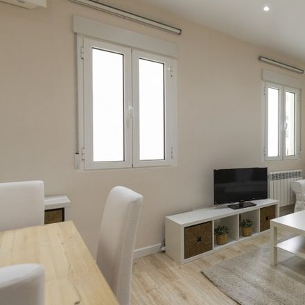 Rent this 3 bed apartment on Calle de Lombia in 12, 28001 Madrid