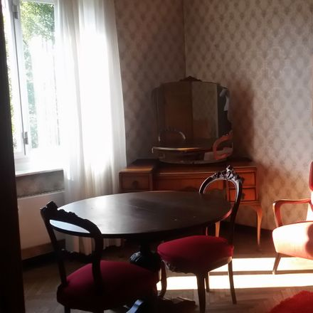 Rent this 3 bed room on Via Achille Neri in 4, 16146 Genova GE