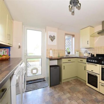 Rent this 2 bed house on The Mall Dental Practice in Cavendish Place, Carisbrooke PO30 5AE