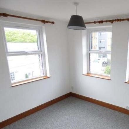 Rent this 2 bed apartment on The Slug and Lettuce in Castle Street, Poole BH15 1SB