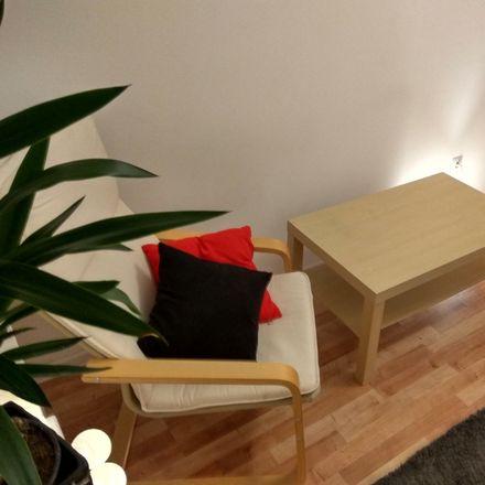 Rent this 3 bed room on Pokoju 10 in 40-859 Katowice, Poland