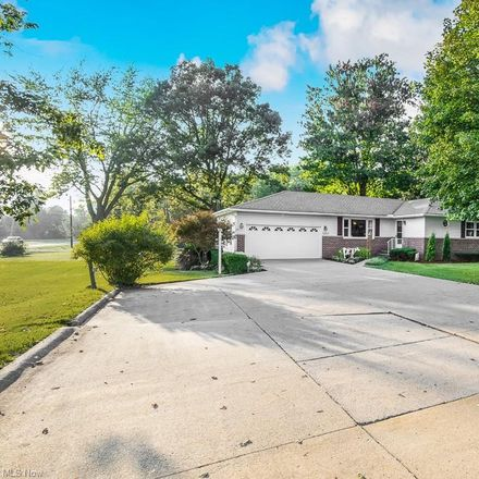 Rent this 3 bed house on 1078 Marks Road in Liverpool Township, OH 44280