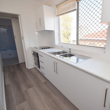 Rent this 1 bed apartment on 4/108 Norton Street