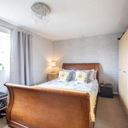 Rent this 2 bed house on Lansdowne Road in Aylesbury HP20 2DJ, United Kingdom