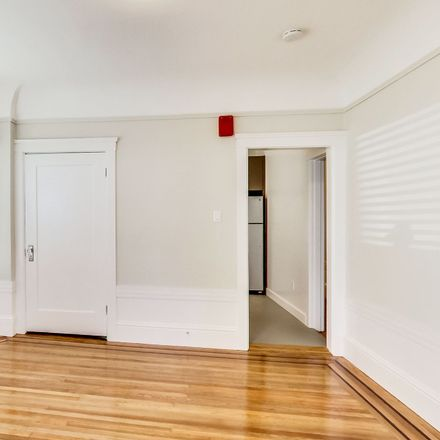 Rent this 2 bed apartment on Cesar Chavez Street in San Francisco, CA CA 94110