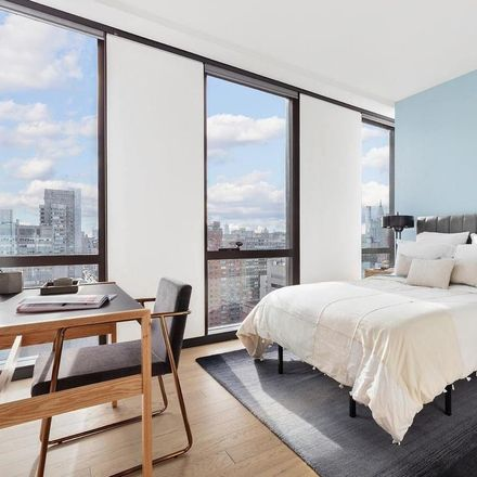 Rent this 2 bed apartment on The River School in 1st Avenue, New York