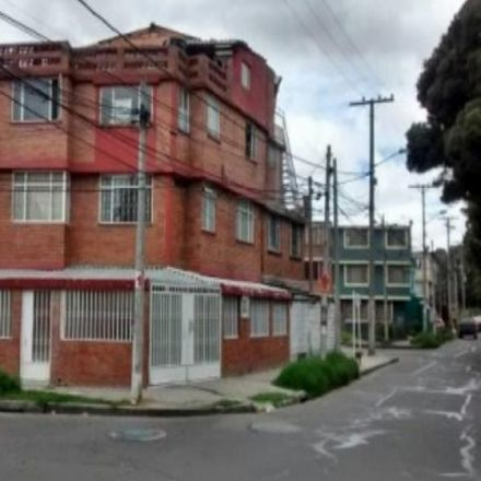 Rent this 5 bed apartment on Carrera 51 in Localidad Puente Aranda, 111621 Bogota