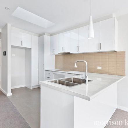Rent this 2 bed apartment on 7/4-6 Binns Street
