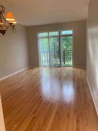 Rent this 3 bed townhouse on 2460 Waterbury Ln in Buffalo Grove, IL