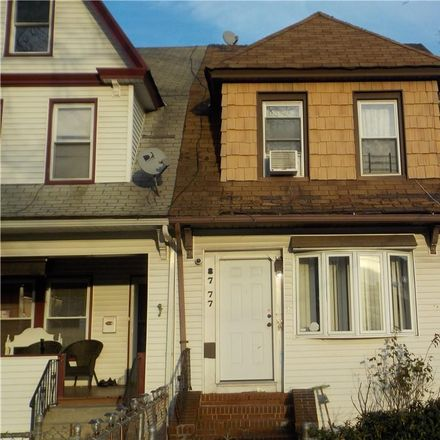Rent this 4 bed townhouse on 111th Street in Jamaica Avenue, New York