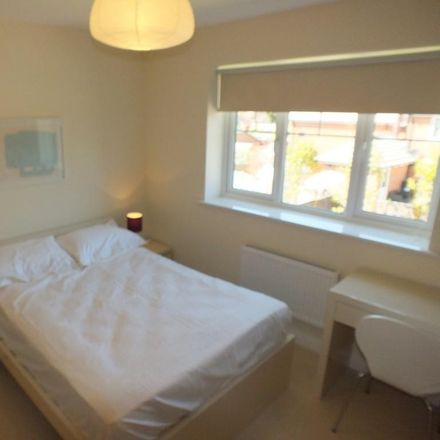 Rent this 1 bed room on 27 The Drive in Sonning RG6 1EG, United Kingdom