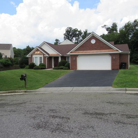 Rent this 4 bed house on Stonecroft Court in Cave Spring, VA 24018